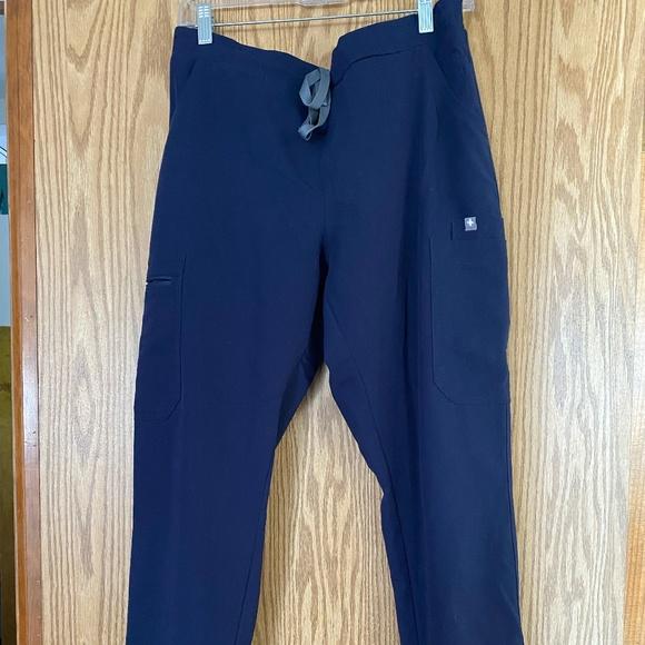 Figs Yola Scrub Pants Size Medium Petite Navy